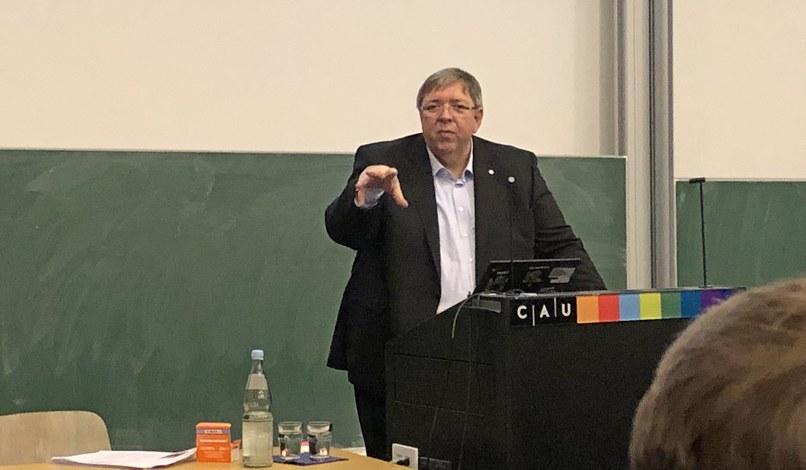 Heinz-Nixdorf-Vorlesung von Herrn Dipl.-Vw. Ludger Becker